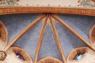 Kirche, St. Matthäus, Niederkassel, Innensanierung, Denkmal, Fresken, Putzsanierung, Ausmalung, historisch, Bistum Köln,