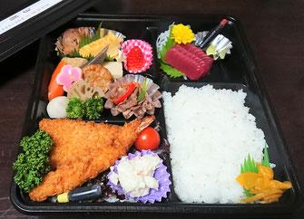 お食事会に・・1,620円(税込)お弁当一例