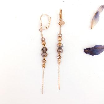 gwapita annabelle longue chaine fine perles beige nude doré boucles d'oreille earring pyrite beige foncé