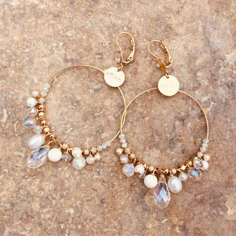 boucles d'oreilles gwapita doré plaqué or creatrice ronde  frous frous breloques pendantes perles eau douce blanc cristal grandes