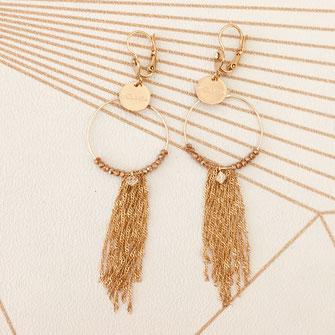 boucles d'oreilles gwapita perles Noémie pyrite beige longue chaines or