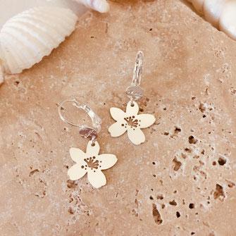 boucles d'oreilles fleurs gwapita plaqué argent petites