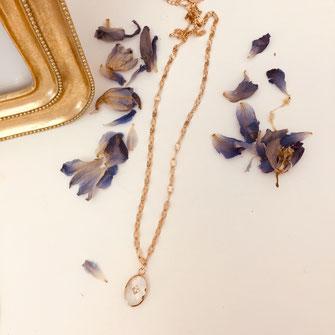 Collier gwapita  long sautoir oval cristal chaine belle bijoux