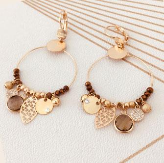 boucles d'oreilles Sasha  créoles anneaux plaqué or doré perles gwapita pampilles breloques