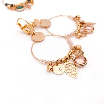 boucles d'oreilles sasha rose gwapita belle grosse creole ronde breloque papille perles doré plaqué or bijoux earrings rose