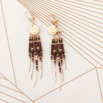 boucles d'oreilles gwapita belle grosse longues createur créatrice perles doré plaqué or bijoux earrings nude longues perles chaines marron choco