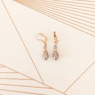 boucles d'oreilles wapiti bijoux doré petite goutte perle gris couleurs créatrice
