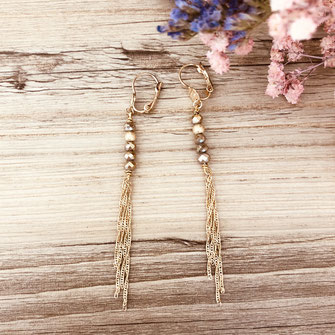 boucles d'oreilles gwapita petit Katia blanc zirconium pierres blanche bijoux or plaqué doré chaines longues  perles