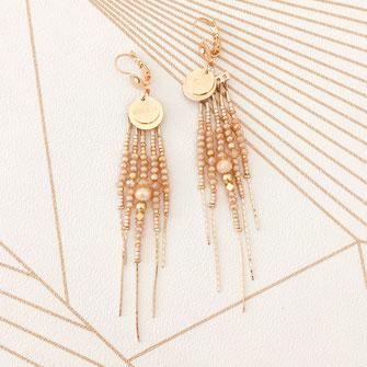 boucles d'oreilles gwapita belle grosse longues createur créatrice perles doré plaqué or bijoux earrings nude longues perles chaines