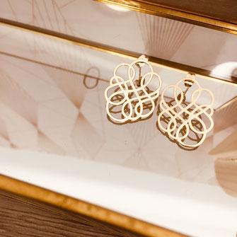 ninfinity boucles d'oreilles gwapita wapita bijoux création doré femme fin lignes