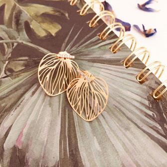 boucles d'oreilles monica gwapita feuille doré coeur fines lignes or