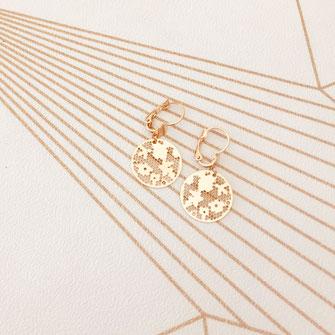 bijoux boucles d'oreilles dentelles rondes doré petit  fine doré gwapita