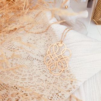 sautoir collier infinity gwapita bijoux fin doré plaqué or