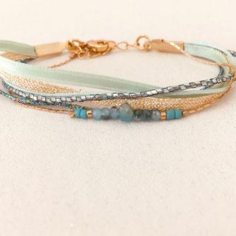 bracelet gwapita fin bijoux France creation finesse perles doré plaqué or  fynn. raie turquoise bleu rubans multirangs