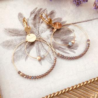 boucles d'oreilles Olivia  créoles anneaux deux doubles doré perles gwapita gris polaire