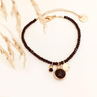 bracelet doré plaqué or fin Gwapita bijoux créatrice française france marcel noir perles pierre sequin pampilles charms