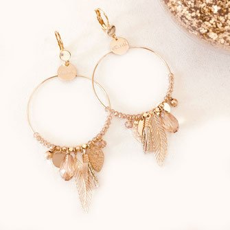 gwapita GIPSY champagne nude boucles d'oreilles earrings doré plumes perles creoles ronde grosse