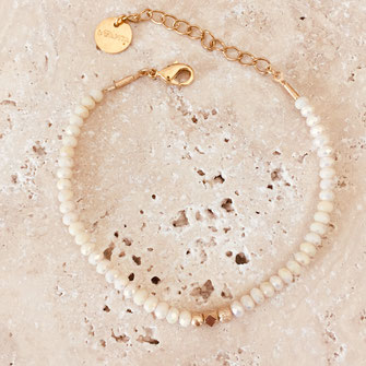 bracelet gwapita fin bijoux France creation finesse perles doré plaqué or  oscar beige perles