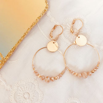 bo boucles d'oreilles gwapita wapita new collection creation bijoux mathilde perle d'eau douce jewels jewelry earrings gold plated plaqué or doré France mini Chloe nude
