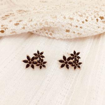 boucles d'oreilles gwapita doré plaqué or creatrice noir fleurs zirconium flowers JOSS
