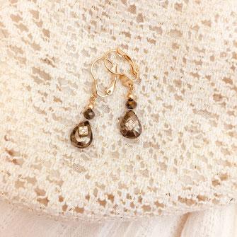 boucles d'oreilles gwapita doré plaqué or creatrice goutte pierre semi précieuse naturelle spinelle doré merveille bijou femme petite