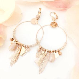 gwapita boucles d'oreilles bijoux création doré  gipsy iconique essentielle beige pompon perles pampilles charms