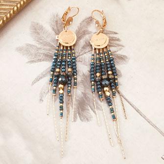boucles d'oreilles gwapita belle grosse longues createur créatrice perles doré plaqué or bijoux earrings nude longues perles chaines vert bleu