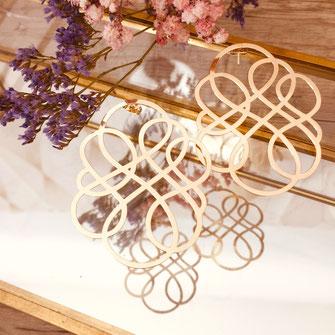 boucles d'oreilles gwapita fin doré vintage zirconium pierre blanche jewelry metalic collier