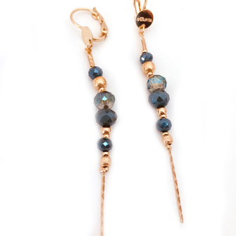 boucles d'oreilles gwapita creation perles bleu d'hiver longues fines ANNABELLE
