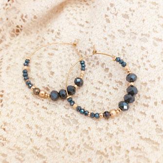 boucles d'oreilles gwapita doré plaqué or creatrice ronde créoles ROMY bleu d'hiver canard perles cristal