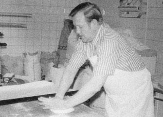 Friedel Spangemacher, 1. Generation Bäckerei Spangemacher