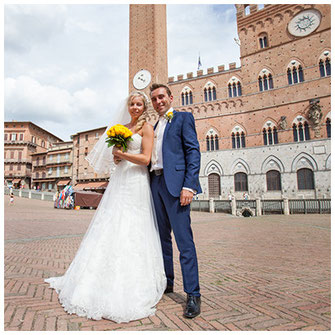 Professional wedding photographer in Siena, Tuscany, Italy