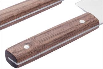 Solide Griffe aus Nussholz, durchgehender Erl