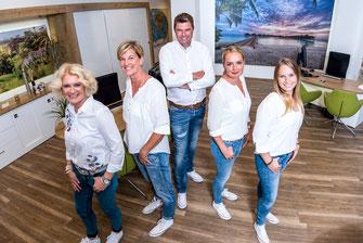 Hier werden Urlaubsträume wahr: Thomas Maciejek & sein Team beraten Euch sehr gern!