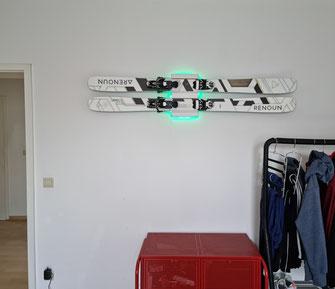 Ski Halterung LED Wandhalter Montage Wand