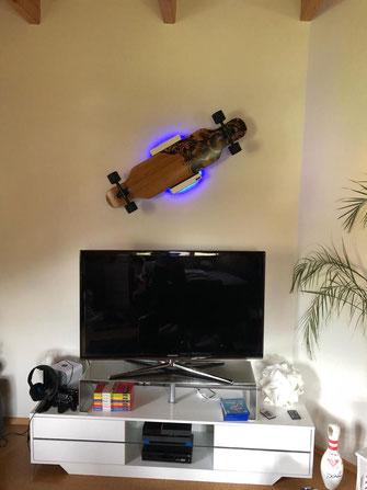 Wandhalterung Wandmontage Longboard diagonal horizontal vertikal Halterung wall mount LED Beleuchtung beleuchtet