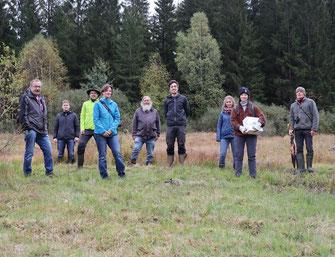 Gemeinsam aktiv auf der Suche nach der Waldbirkenmaus, Foto: Stille