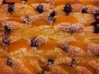 Pfirsich Ananas Heidelbeer Kuchen