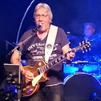 Jürgen Guitar, Vocals