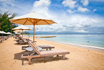 Sanur holiday villas for rent by owner direct in Bali.