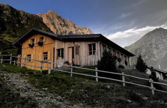 Neue Porzehütte | Foto: Screenshot alpenvereinaktiv.com