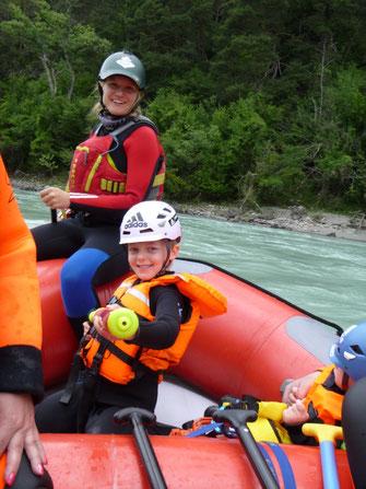 Rafting Kids Tirol Family Aktivitäten Freizeit Wasser Boot Inn schwimmen Wasserratten