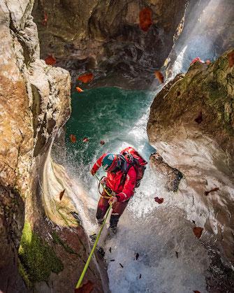 canyoning europa Schluchten wasserfälle abseilen springen rutschen