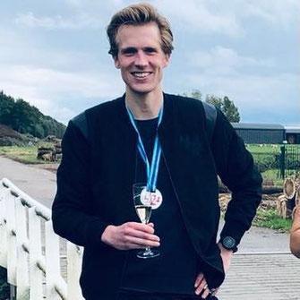 Dankzij online hardloopbegeleiding onder 3 uur op de marathon gelopen