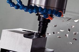 CNC freesbwerking onder spaan