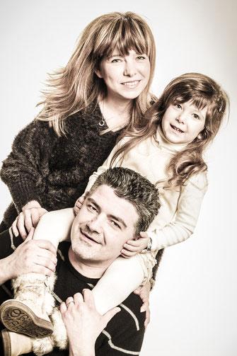 Ritratti fotografici di famiglia - Udine - San Giorgio di Nogaro  Via Emilia, 82