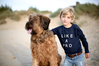 """LIKE A PRO"" SWEATER 49€"