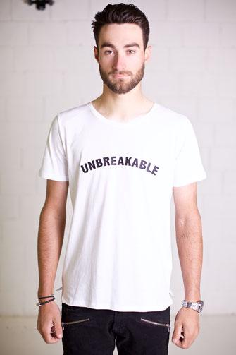 """""""UNBREAKABLE"""" TSHIRT 15€"""