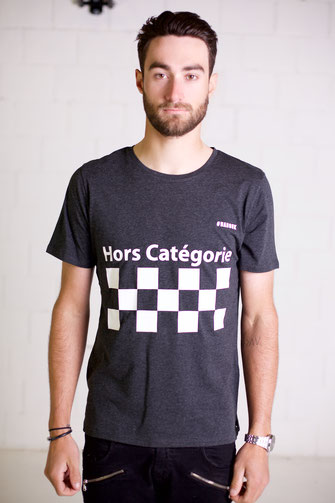 """HORS CATEGORIE""TSHIRT BLACK 49€"