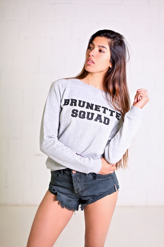 """BRUNETTE SQUAD"" SWEATER 75€"